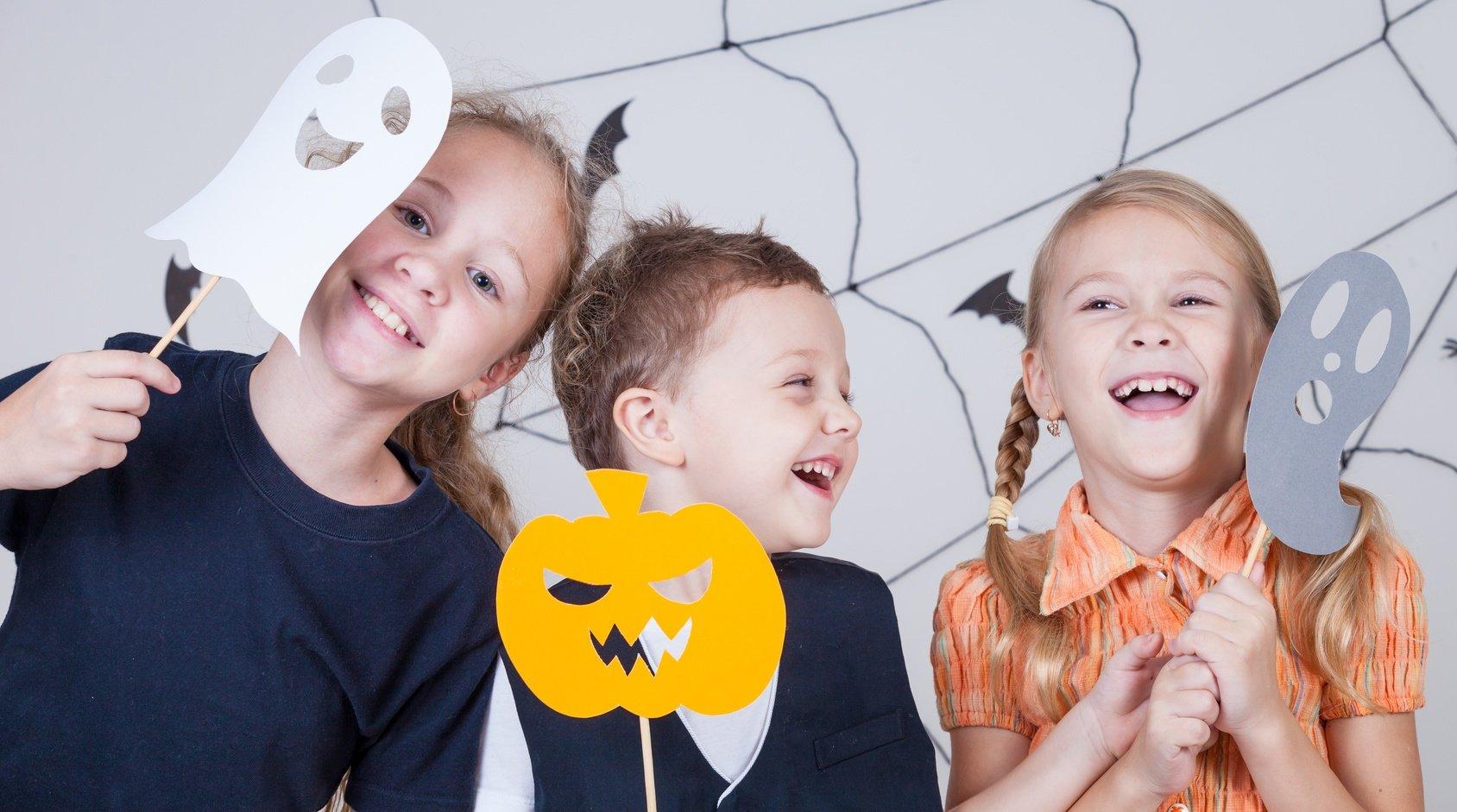 Halloween Spiele für Kinder Fotolia