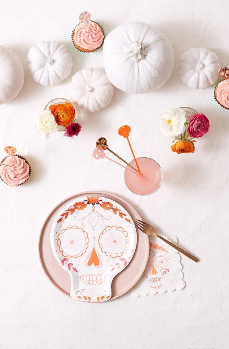 Halloween Deko von Meri Meri und Rezept für Spinnweben Cupcakes