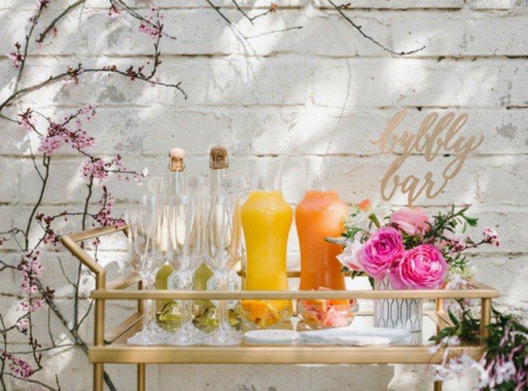 Osterbrunch Bubble Bar Ideen Dekoration Inspirationen Ostern