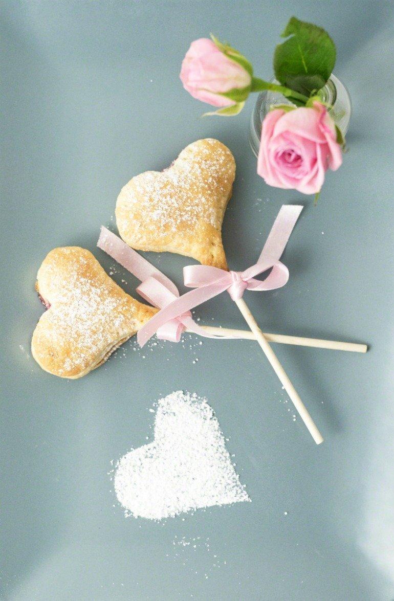 Einfache Marmelade Herzen am Stiel zum Valentinstag