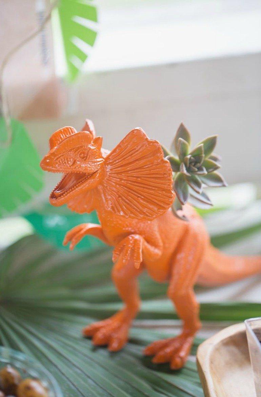 Dinosaurier Kindergeburtstag für kleine Forscher mit süßer Deko und tollen DIY Ideen zum nachmachen