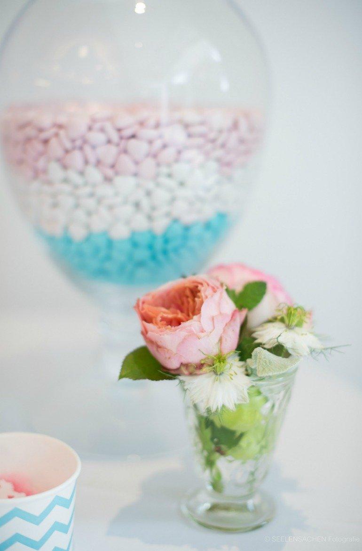 Babyshower in rosa und blau mit süßer Deko und tollen Geschenkideen