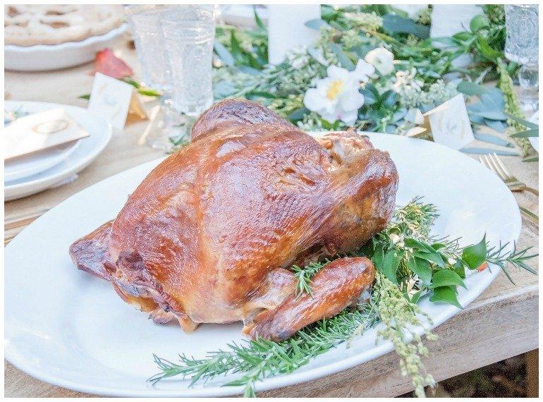 Ideen für ein Gartenfest im Herbst im Freien  mit Thanksgiving oder ErntedankDinner und toller Dekoration