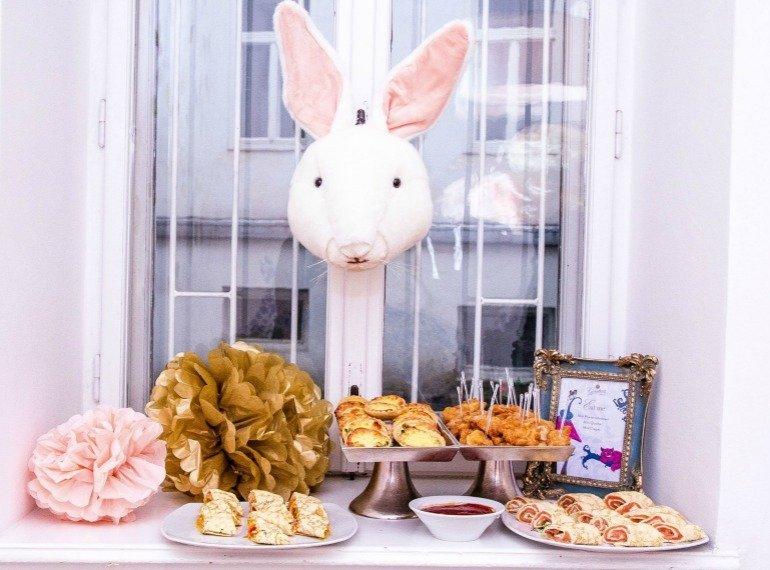 Eine traumhafte Alice im Wunderland Party   Alice in Wonderland Party