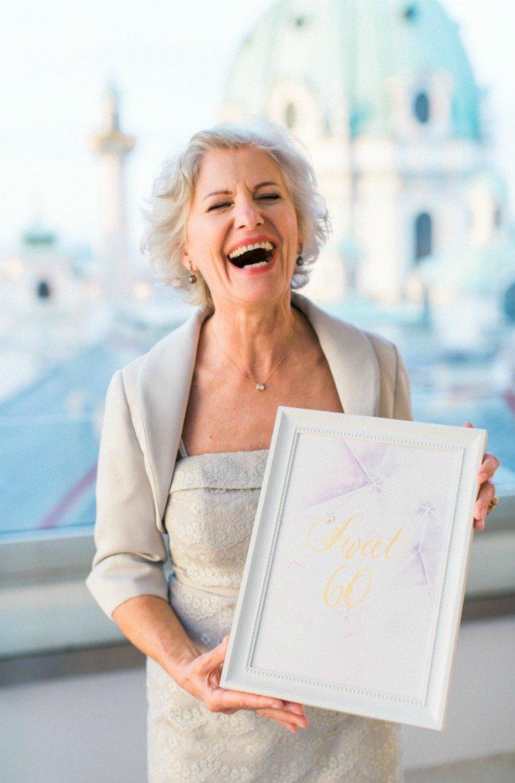 Stilvolle Geburtstagsfeier zum 60. Geburtstag mit Edelsteinen und Sukkulenten über den Dächern von Wien. ..