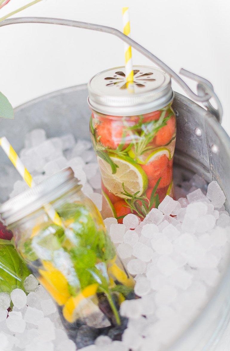 Rezept Infused Water Wasser mit Früchten
