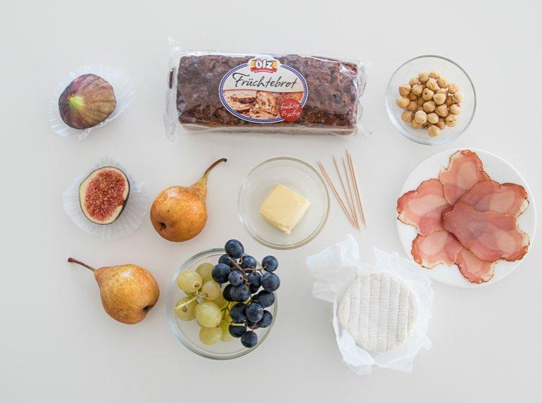 ÖLZ Früchtebrot Spieße mit Rohschinken, Käse & Feigen