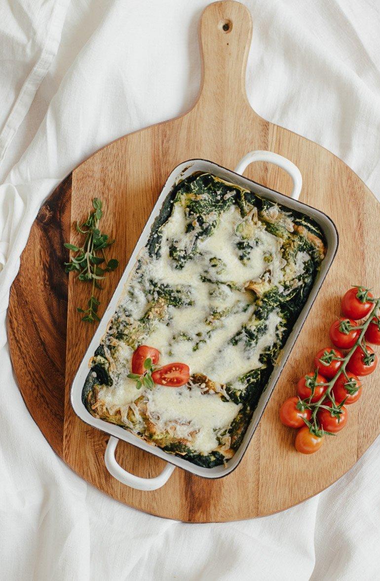 Spinat Lasagne mit frischen Tomaten